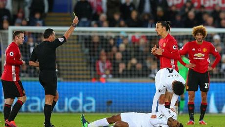 "MU mat Ibra dau Arsenal: ""Thoi co vang"" cua Rashford - Anh 1"