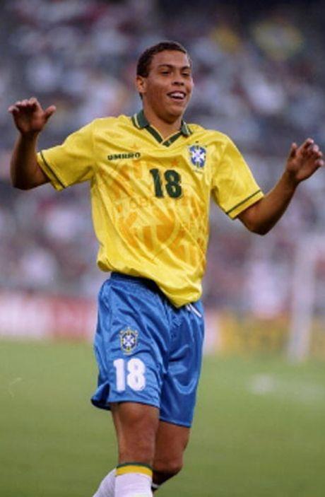"Brazil, G.Jesus: Noi got Ro ""beo"" ruc sang tuoi 19 - Anh 2"