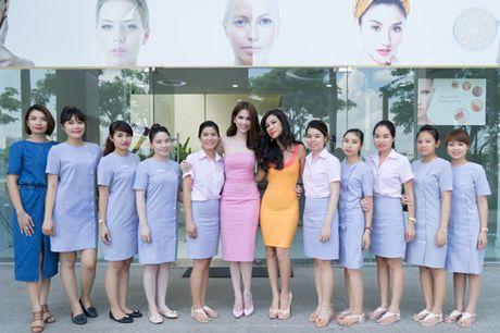 Valencia Tran len duong tham gia Mrs Vietnam Aodai tai My - Anh 5