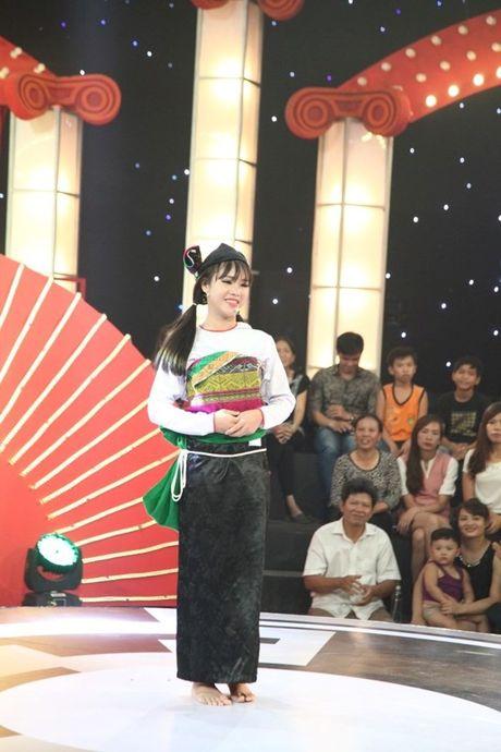 Co gai Muong khien Truong Giang, Tran Thanh ne phuc - Anh 2