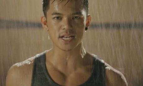 Trong Hieu 'uot nhep' trong MV nhac phim 'Sut' - Anh 1