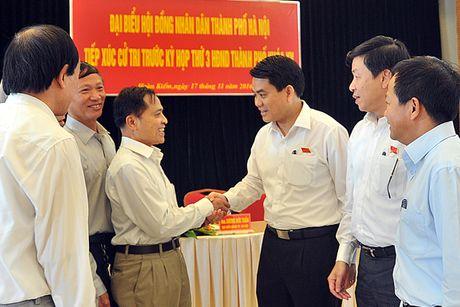 Chu tich UBND TP Nguyen Duc Chung: Doi moi dieu hanh, dam bao hieu qua dau tu cong - Anh 1