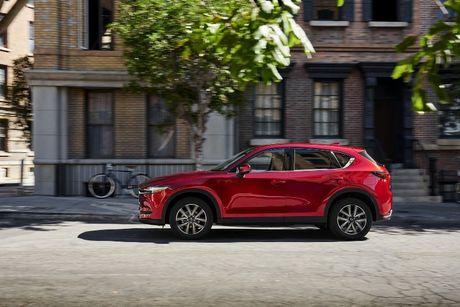 Mazda CX-5 2017 ra mat voi nhieu cai tien moi - Anh 5