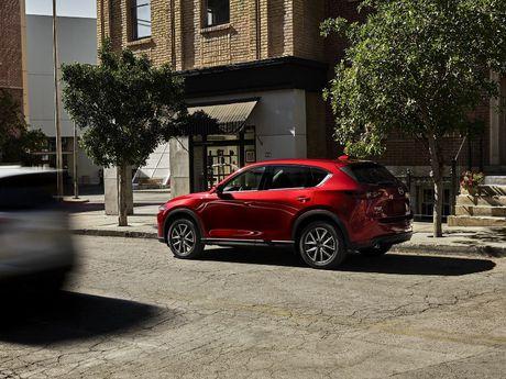Mazda CX-5 2017 ra mat voi nhieu cai tien moi - Anh 7
