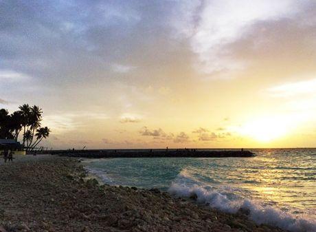 Chuyen di Maldives trong mo cua me don than ung thu va con trai - Anh 13