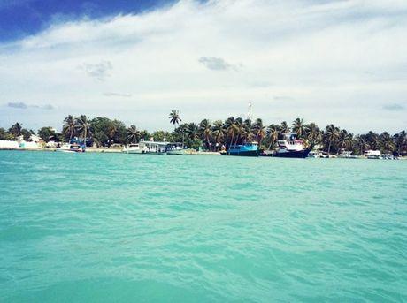 Chuyen di Maldives trong mo cua me don than ung thu va con trai - Anh 5