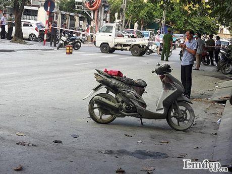 Nguyen nhan vu chay tram bien ap o Ha Dong, 5 nguoi bi thuong - Anh 3