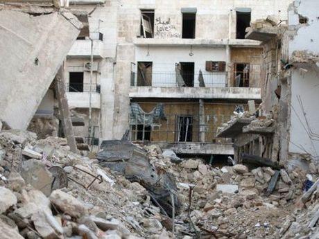 Nga, Syria noi lai chien dich khong kich o Aleppo lam 32 nguoi thiet mang - Anh 1