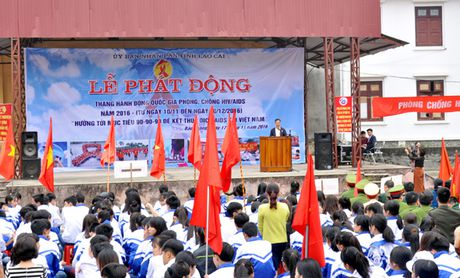 Lao Cai: Gan 1.200 truong hop tu vong do nhiem HIV/AIDS - Anh 1