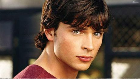 Chang sieu nhan dep trai Tom Welling cua Thi tran Smallville gio ra sao? - Anh 1