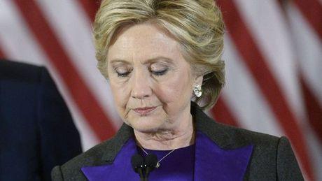 Ba Clinton noi gi trong lan xuat hien dau tien sau cuoc bau cu - Anh 1