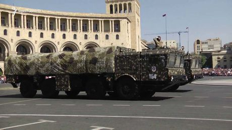 Nguy co chay dua vu trang Armenia – Azerbaijan - Anh 1