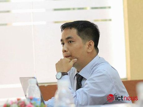 Nguoi thay 'tiep lua' cho sinh vien FPT khoi nghiep - Anh 1