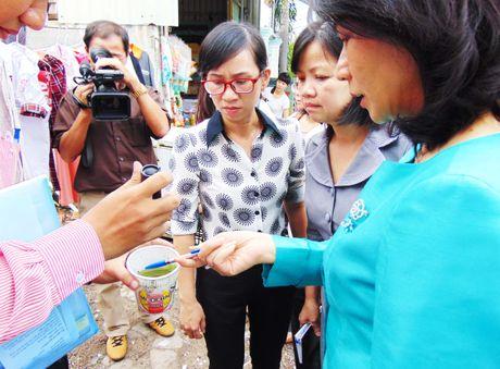 Pho chu tich UBND TP.HCM huong dan dan diet lang quang - Anh 1