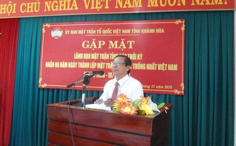 Gap mat lanh dao Mat tran tinh Khanh Hoa qua cac thoi ky - Anh 2