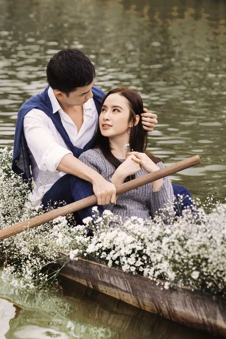 Angela Phuong Trinh, Vo Canh dam duoi tren thuyen - Anh 2