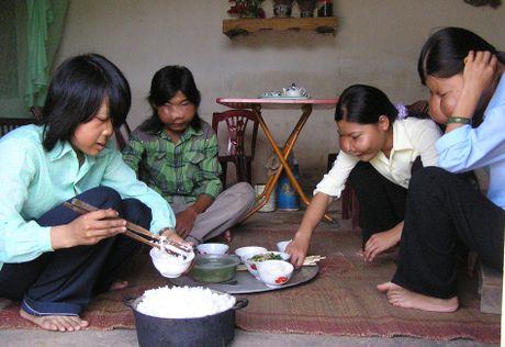 BS. Nguyen Quoc Bao: Khac tinh cua nhung khoi u quai - Anh 4