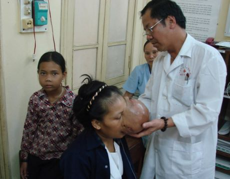 BS. Nguyen Quoc Bao: Khac tinh cua nhung khoi u quai - Anh 5