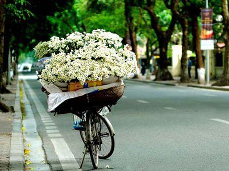 Thoi tiet 18/11: Bac Bo nang dep, Nam Bo co mua rao - Anh 1