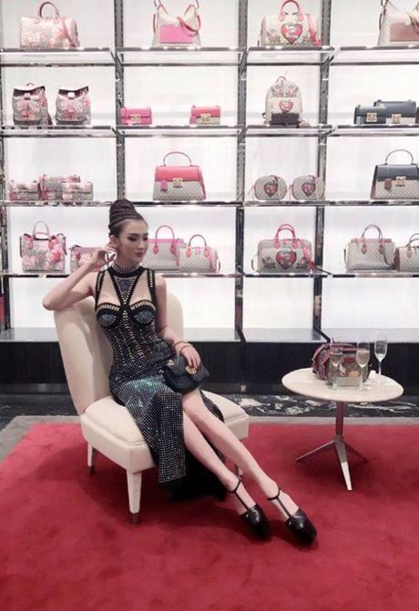 Nghi van hoc tro Pham Huong cap ke voi tinh cu Angela Phuong Trinh - Anh 5