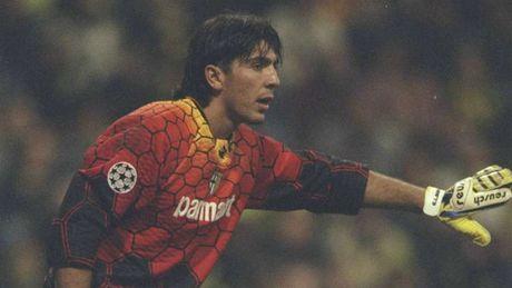 Doi hinh cac hoc tro xuat sac nhat cua HLV Carlo Ancelotti - Anh 2