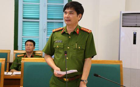 Canh bao: Vang mieng 'don' bot la, chi co 40% gia tri vang that - Anh 1