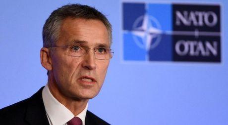 Ong Jens Stoltenberg: Tong thong dac cu My Trump se dan dat NATO - Anh 1
