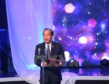 Xuc dong Le tuong niem nan nhan tu vong do tai nan giao thong - Anh 3