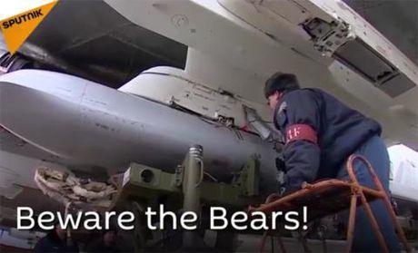 Oanh tac co Tu-95MSM bay 11.000km tan cong khung bo - Anh 1
