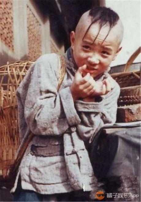 29 tuoi, cuoi cung 'cau be Tam Mao' da moc toc - Anh 3