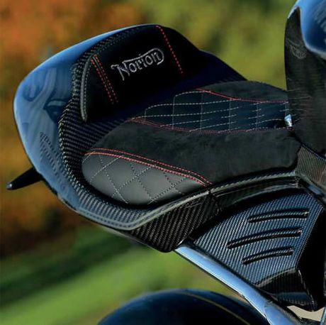 Mo xe sieu moto Norton V4 RR gia chat 780 trieu dong - Anh 10