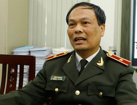 Phat xe khong chinh chu: Mua xe bao nhieu lau phai sang ten? - Anh 2