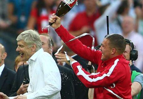 Sau Klopp, den luot Wenger benh vuc Wayne Rooney - Anh 1