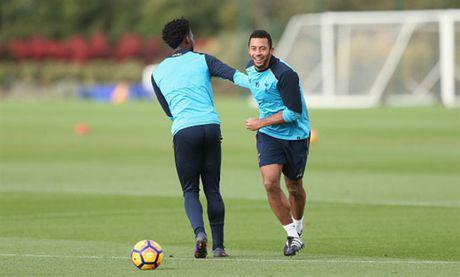 Tottenham 'u am' tap luyen truoc ngay tro lai NHA - Anh 9