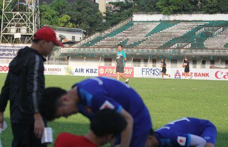 DT Malaysia de cao canh giac voi thay tro HLV Huu Thang - Anh 3