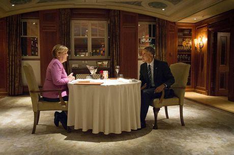 Nguong mo tinh ban cua Tong thong Obama va Thu tuong Merkel - Anh 1