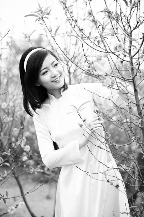 'Co giao hot girl' xinh nhat THPT chuyen Ha Noi – Amsterdam - Anh 9