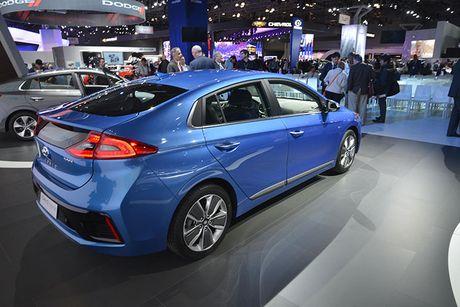 Hyundai 'trinh lang' xe tu lai Ioniq tai trien lam Los Angeles - Anh 3