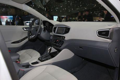 Hyundai 'trinh lang' xe tu lai Ioniq tai trien lam Los Angeles - Anh 4