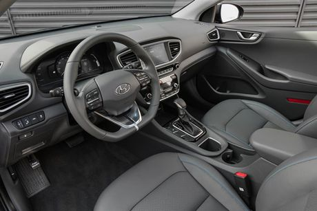 Hyundai 'trinh lang' xe tu lai Ioniq tai trien lam Los Angeles - Anh 5