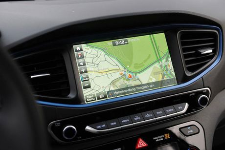 Hyundai 'trinh lang' xe tu lai Ioniq tai trien lam Los Angeles - Anh 6