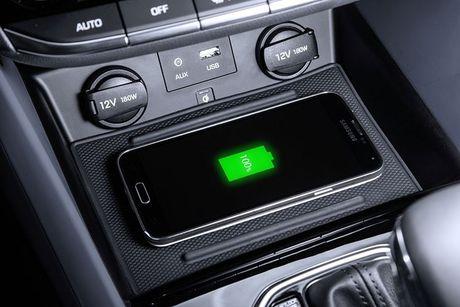 Hyundai 'trinh lang' xe tu lai Ioniq tai trien lam Los Angeles - Anh 7