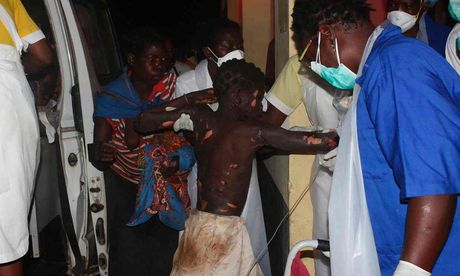 Kinh hoang no xe xang tai Mozambique, 173 nguoi thuong vong - Anh 1