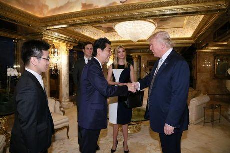 Thu tuong Nhat Ban: Ong Trump la nha lanh dao dang tin cay - Anh 1