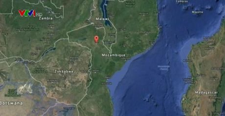 73 nguoi thiet mang trong vu no xe bon cho xang o Mozambique - Anh 1
