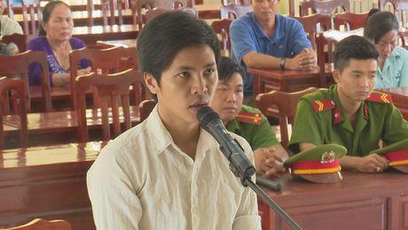 Nam sinh dien trai tu Dong Thap len TP HCM mua ma tuy - Anh 1