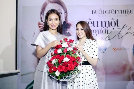 Yeu Ho Quang Hieu, Bao Anh van tinh tu ben Vo Canh - Anh 4