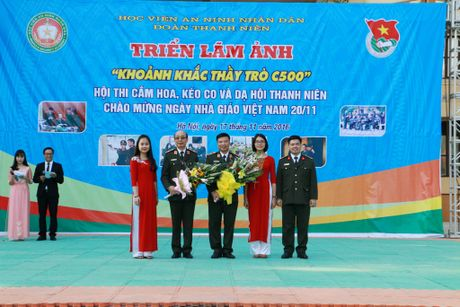 Hoc vien ANND to chuc nhieu hoat dong chao mung Ngay Nha giao Viet Nam 20-11 - Anh 3