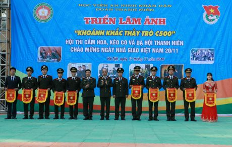 Hoc vien ANND to chuc nhieu hoat dong chao mung Ngay Nha giao Viet Nam 20-11 - Anh 7
