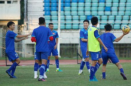 DT Viet Nam: Choi bong nem de thang Myanmar o san Thuwunna - Anh 8